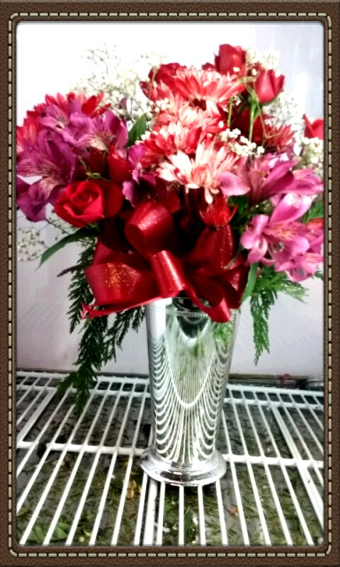 Little Falls FLOWER DELIVERY by ROSE PETALS FLORIST (315)823-7073