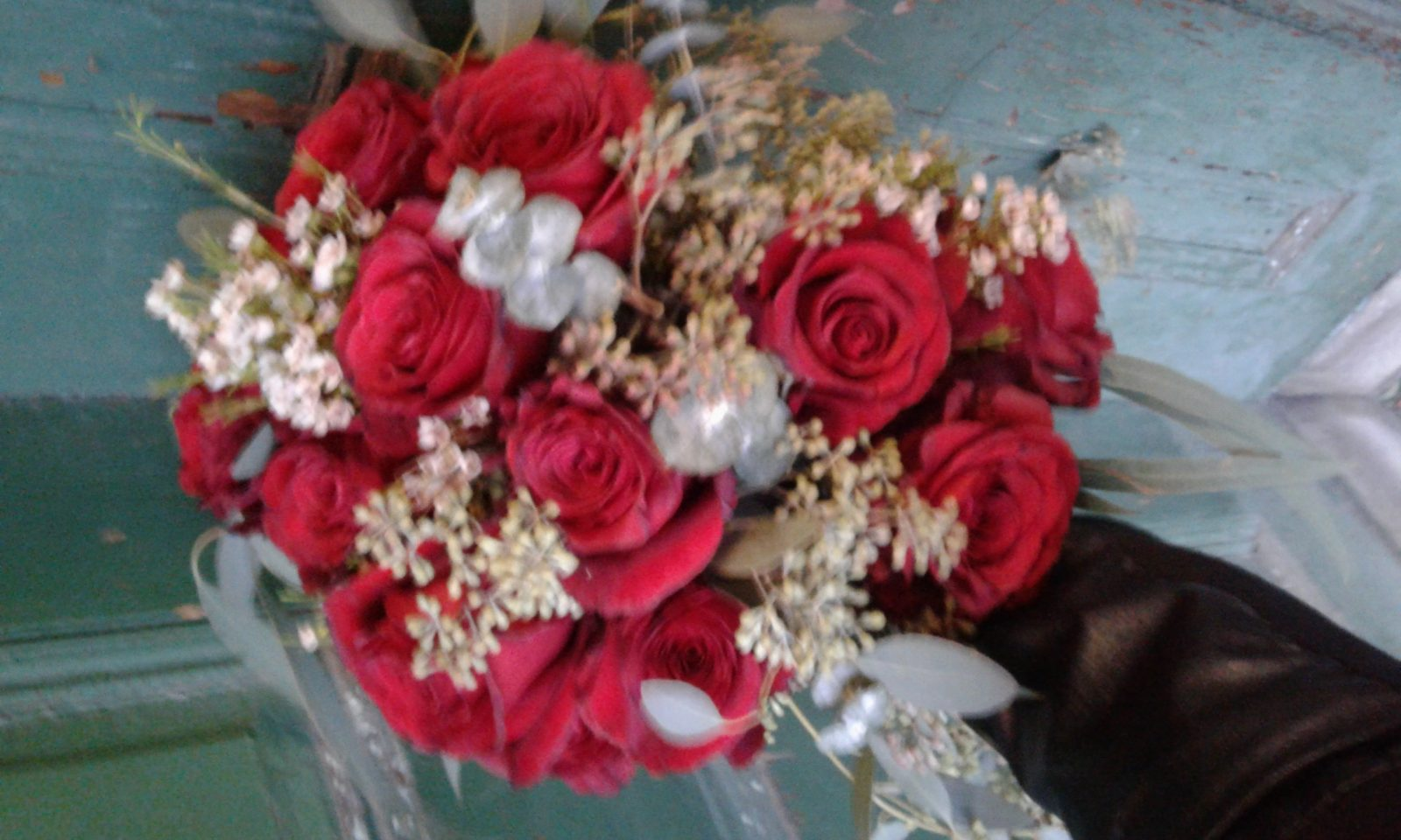 'SEXY RED ROSES' only at ROSE PETALS FLORIST-VALENTINE'S DAY 2018