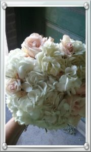 bridal-bouquet-white-hydrangeas-and-roses