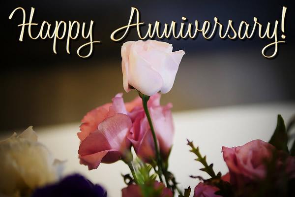 happy-anniversary-flowers